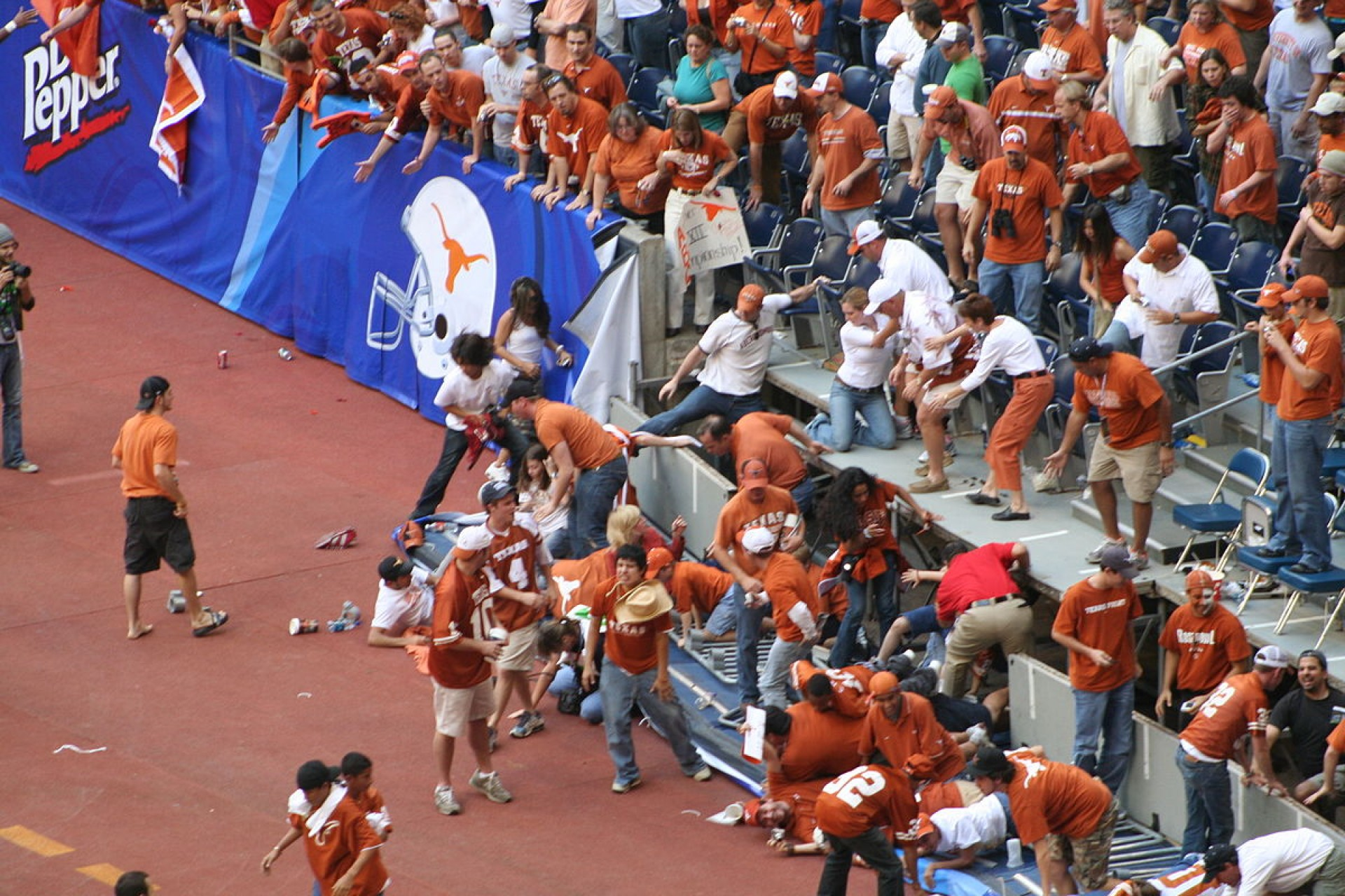 003 Essay Example On Road Accident Wikipedia 1200px Partial Stadium Collapse At Big12 College Football Championship  2005 Imposing1920