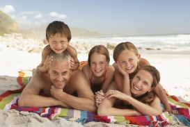 004 Essay On Nuclear Family Vs Joint Happy Parents And Kids Incredible Comparative Studymode