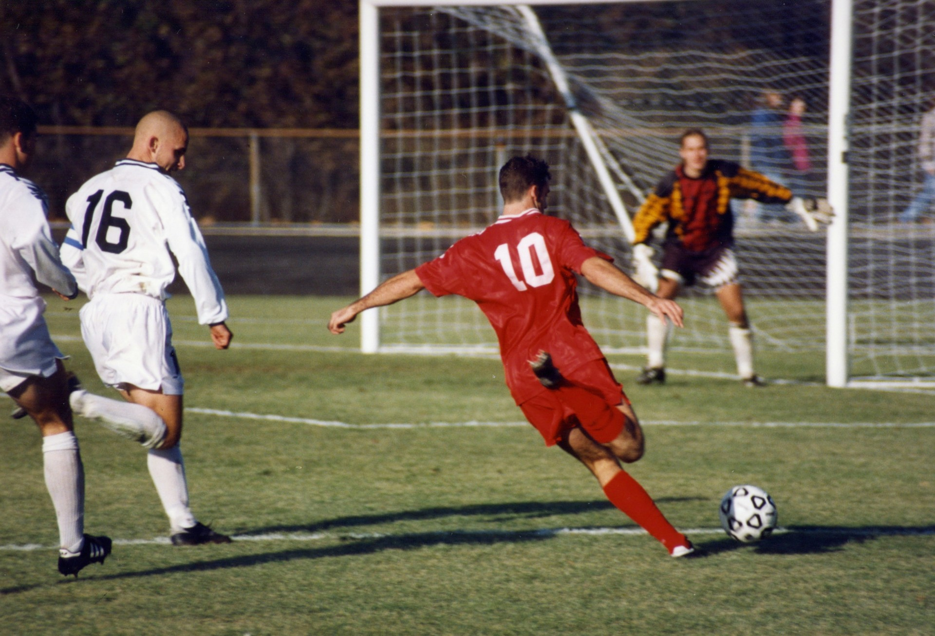004 Soccer Vs Football Compare And Contrast Essay Example Iu 1996 Excellent 1920