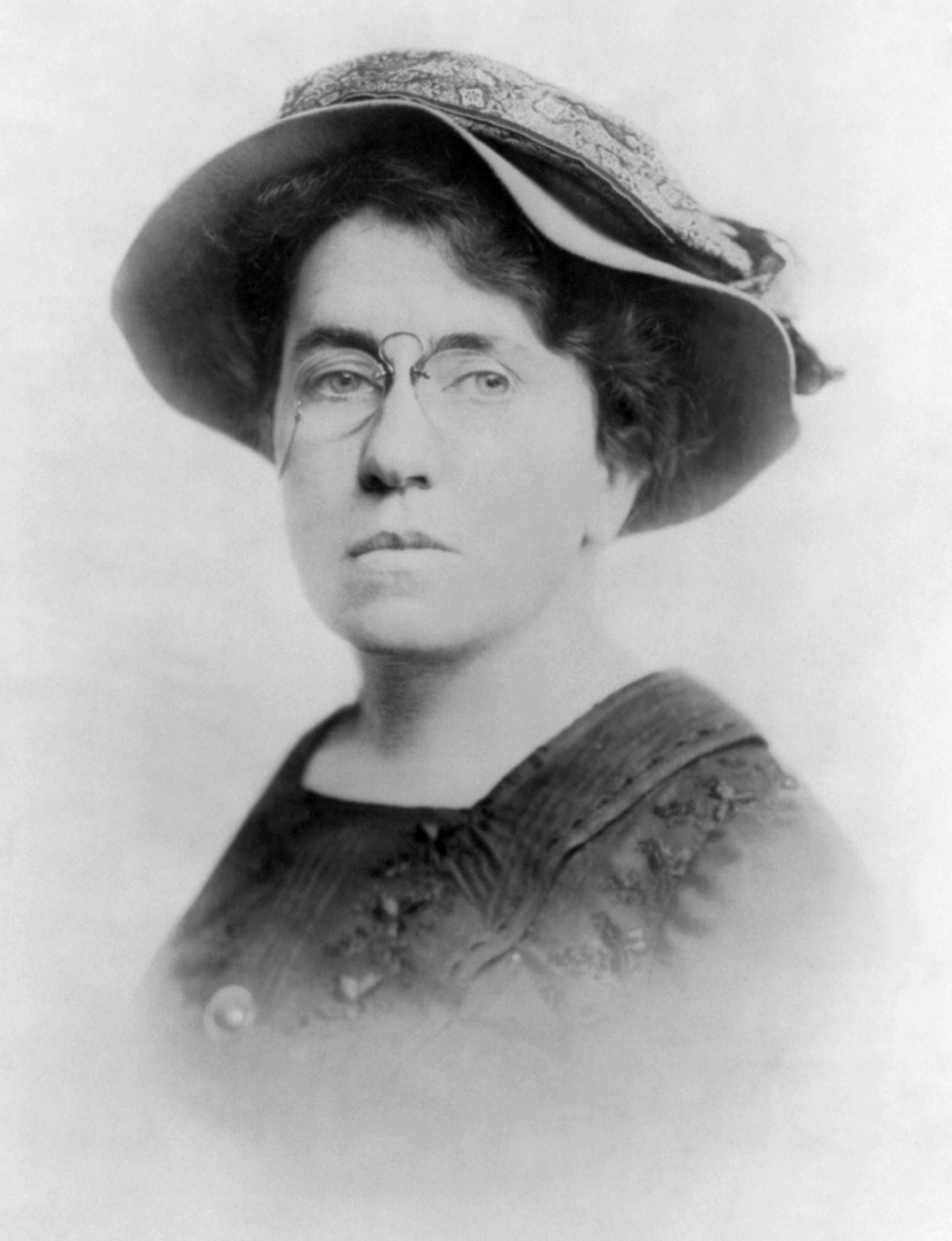 006 Emma Goldman 2 Anarchism And Other Essays Essay Incredible Summary Pdf 1920