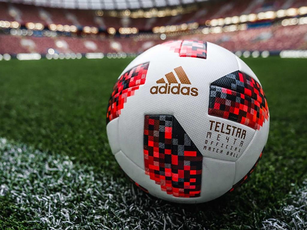 006 Soccer Vs Football Compare And Contrast Essay Fifa Ballitoka16rn Ju Excellent Large