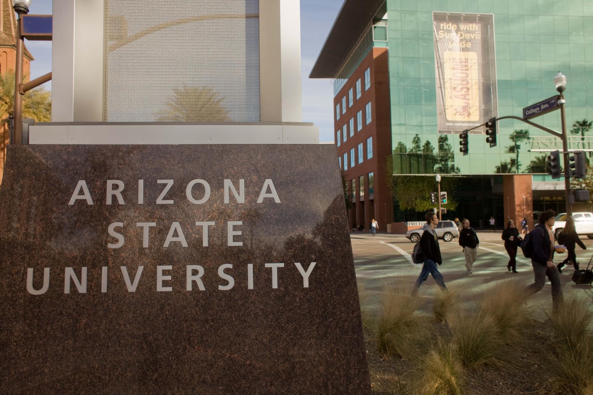 007 Essay Example University Of Arizona Honors College Prompt Stunning 1920