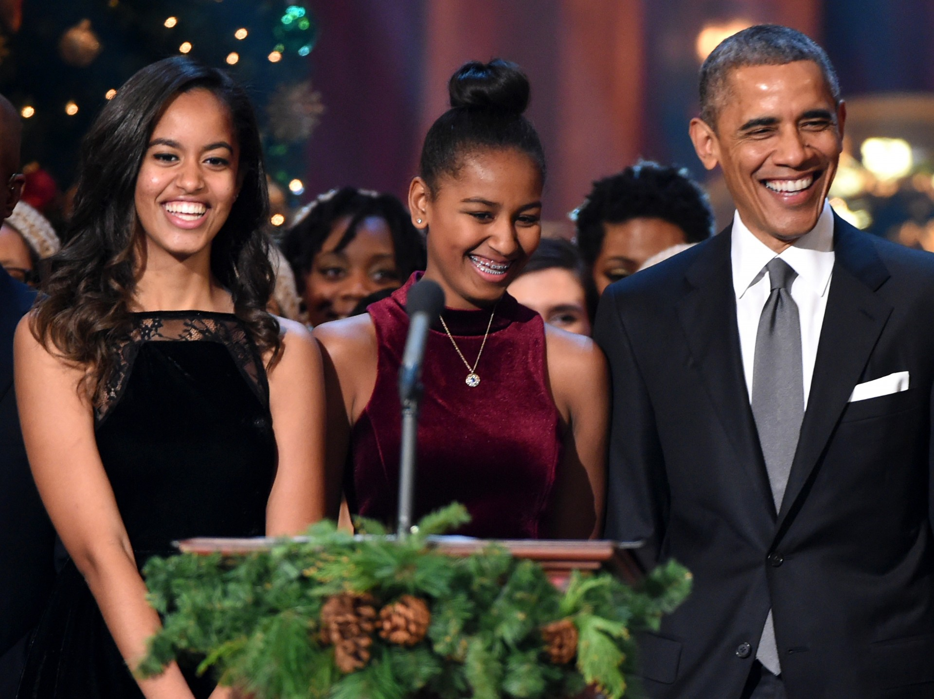 012 Essay Example Marvelous Obama President Research Paper Barack Pdf Michelle 1920