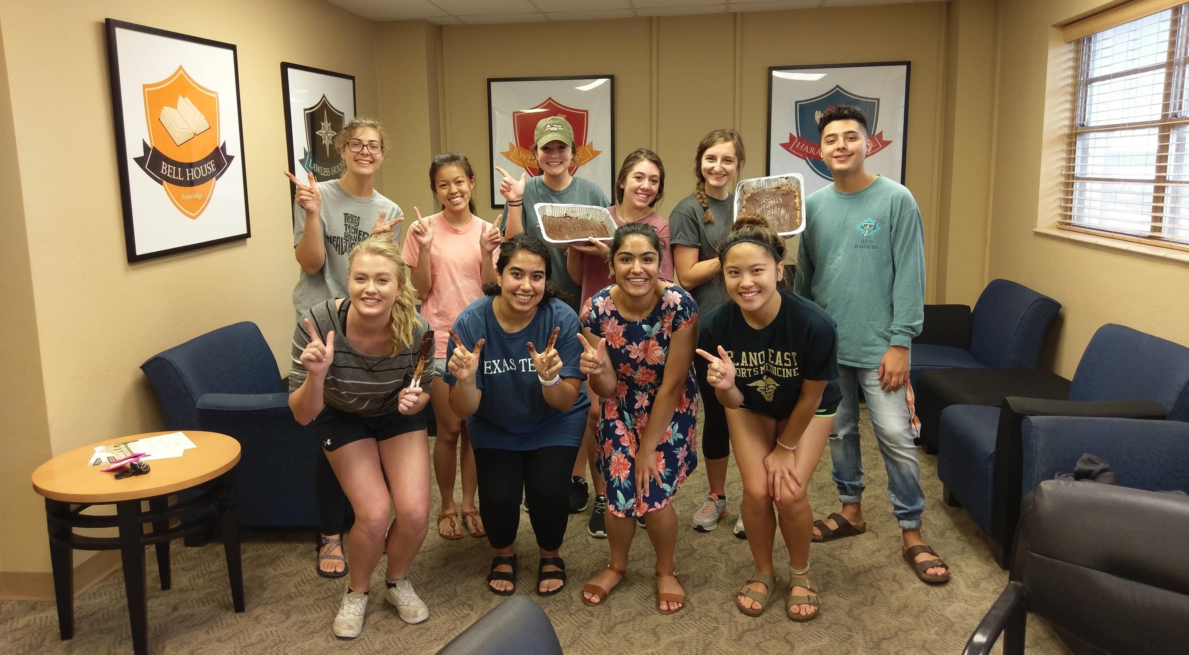 012 Essay Example University Of Arizona Honors College Prompt Masked Stunning Full