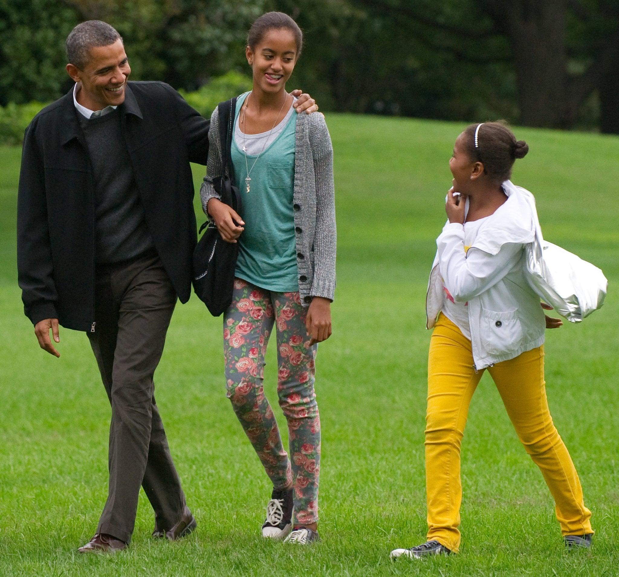 013 33bf4b263c538660 Barack Obama Cute Moments Sasha Malia 1 Essay Marvelous President Research Paper Pdf Michelle Full