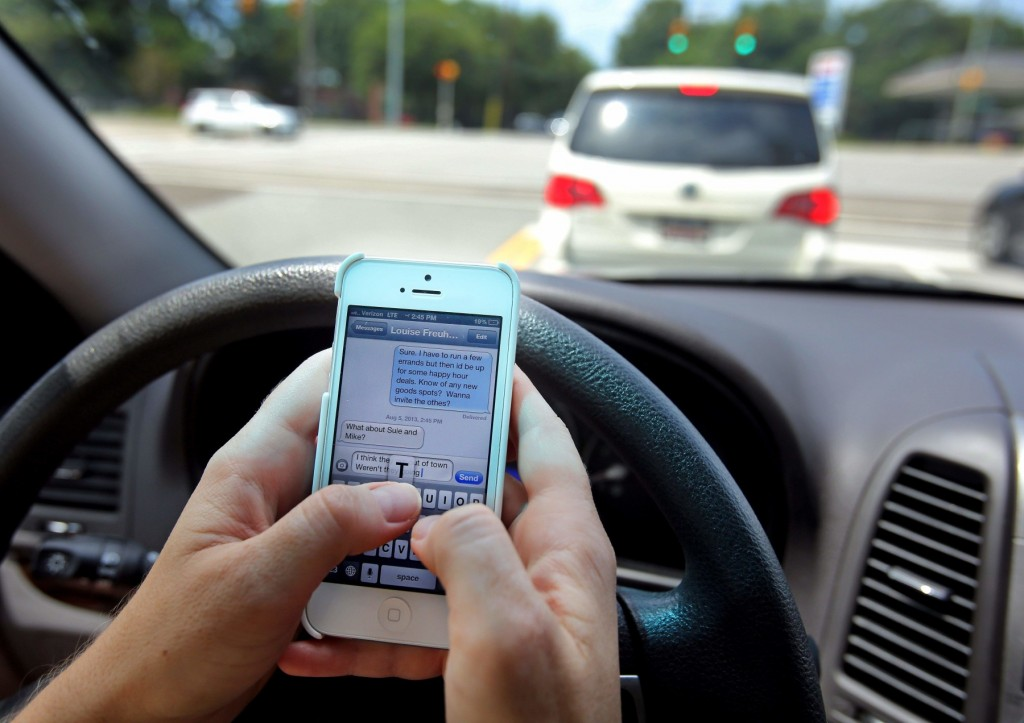 017 Essay Example Distracted Driving Texting Fascinating Canada Conclusion Informative Large