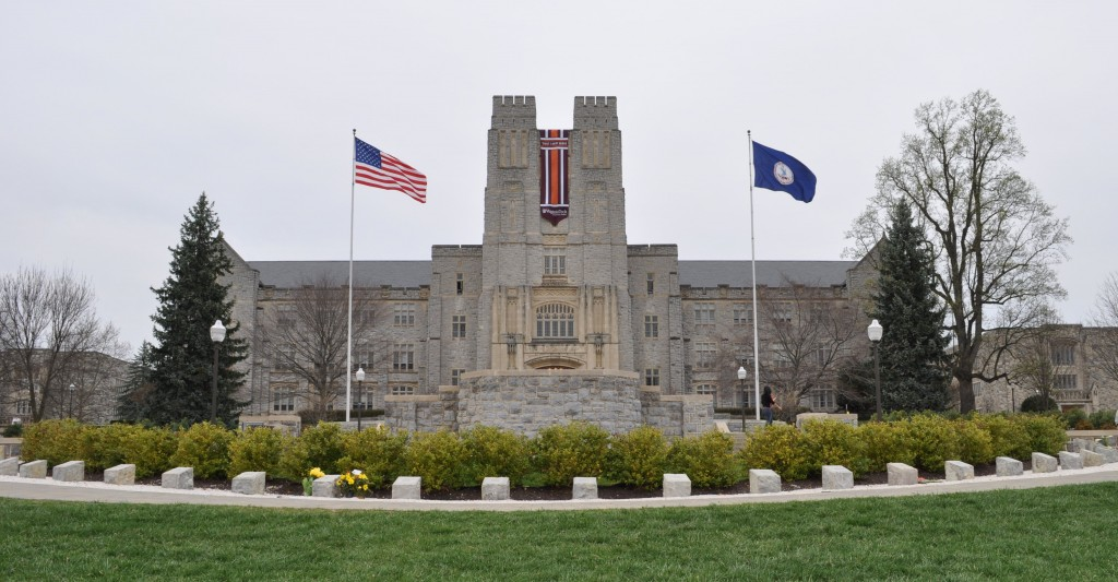 019 Virginia Tech Essay Prompts Buress Imposing How To Answer 2017 Large