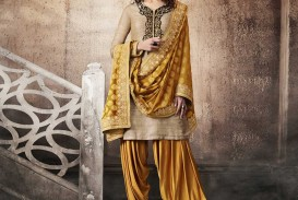 020 Essay On My Favourite Dress Salwar Kameez Se St Nakkashi Sensational